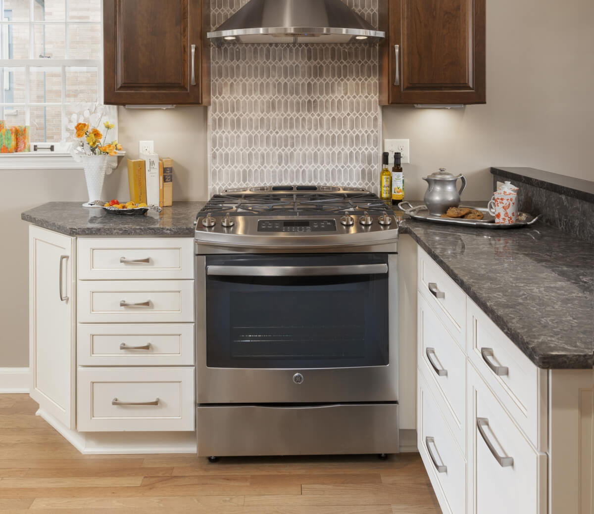 This warm and inviting kitchen features Dura Supreme Cabinetry's in